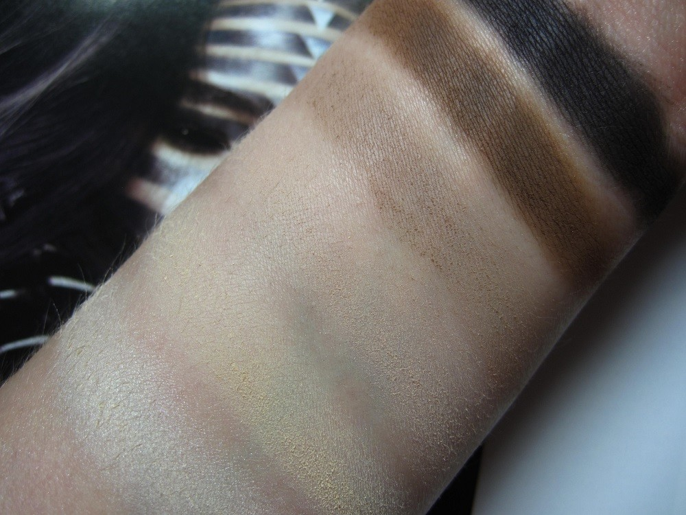 W7 In The Mood Swatches
